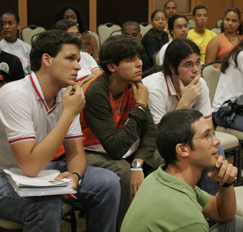 Brazilian Students & David During Video Conference