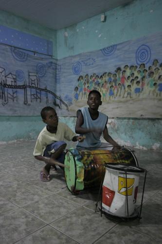 Drumming at Baguncaco Community Center
